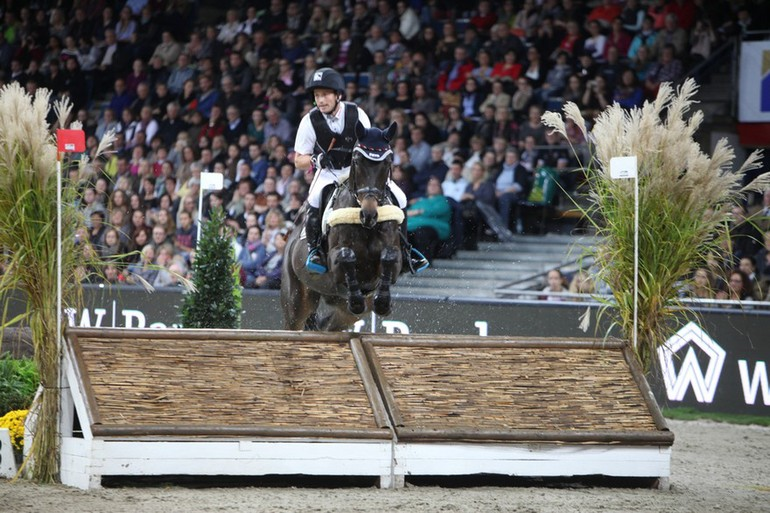 Michael Jung dans le cross indoor de Stuttgart
