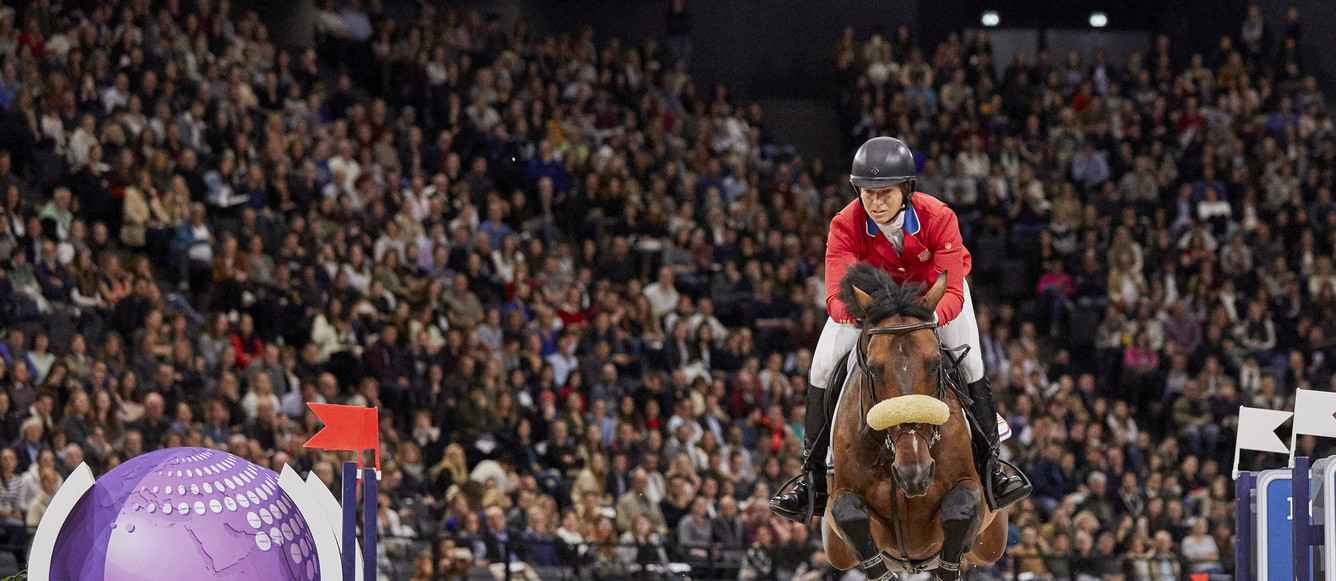 Longines FEI World Cup™ Jumping Final Paris Sunday Fourth placed on Sunday/Overall winner Elizabeth Madden USA riding Breitling LSPhoto FEI/Liz Gregg